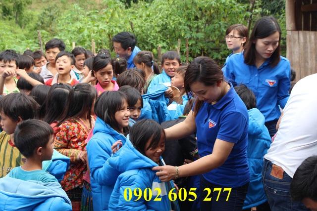 Tìm mua áo khoác ấm từ thiện tại Lào Cai – ao khoac am tu thien tai lao cai