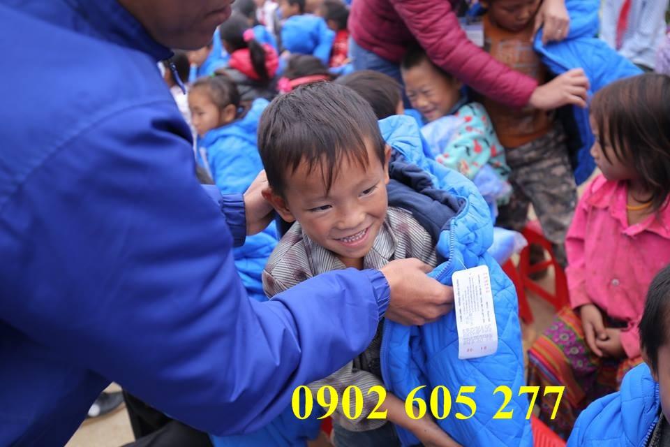 Cơ sở sản xuất áo khoác ấm từ thiện tại sài gòn– co so san xuat ao khoac am tu thien tai sai gon