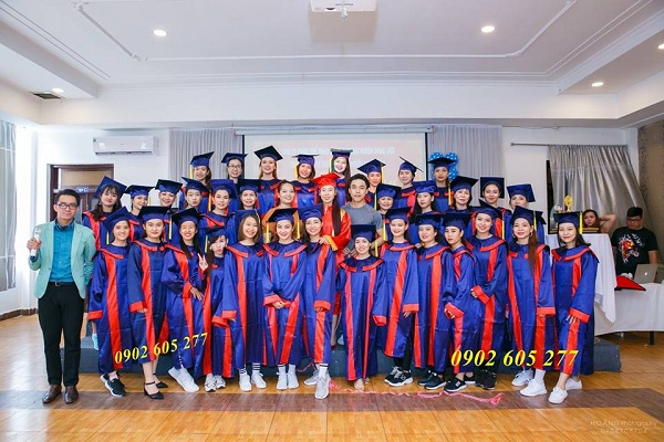 Đặt may áo cử nhân mẫu mới 2020 tại TP Quy Nhơn