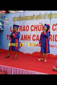 Cho thuê áo cử nhân 2020 số lượng lớn tại Bình Thuận
