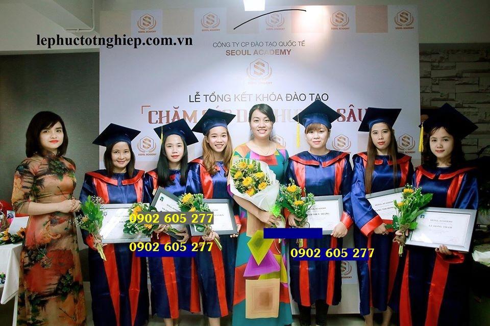 Mua áo cử nhân lớp 9 tại quận Tân Phú