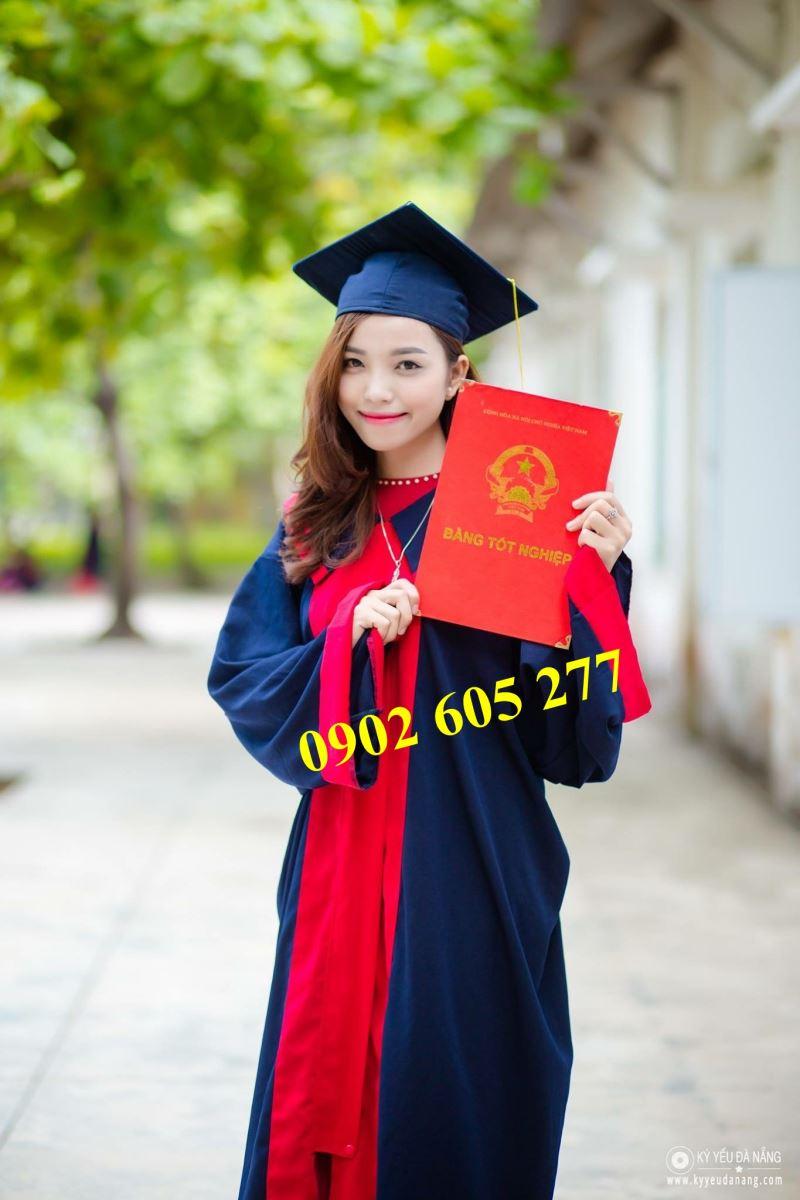 Chuyên nhận đặt may áo tốt nghiệp thpt