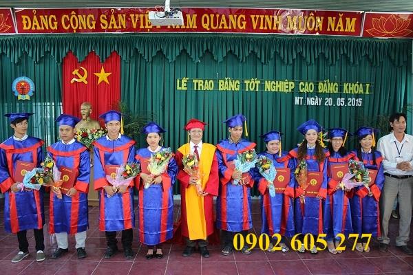Tìm nơi thuê lễ phục tốt nghiệp tại quận 12 – thue le phuc tot nghiep