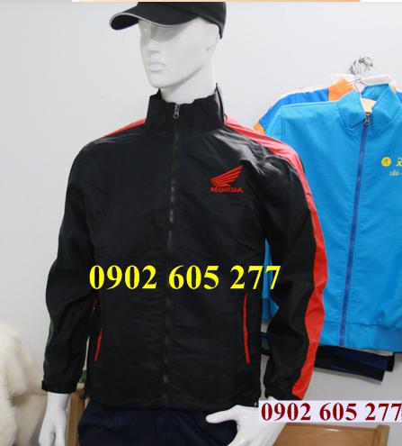 Lí do để đặt may áo khoác đồng phục tặng khách hàng