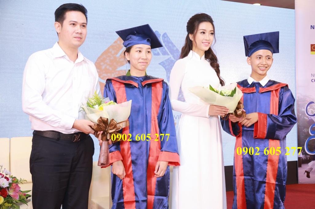 Ở đâu bán đồ tốt nghiệp cấp 3 có sẵn giá rẻ tại Bình Phước