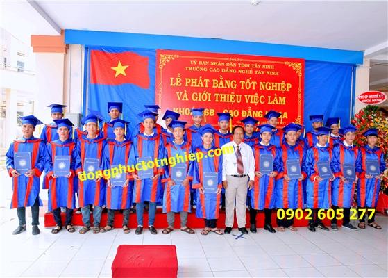 Đồ tốt nghiệp cử nhân sinh viên quận Bình Thạnh